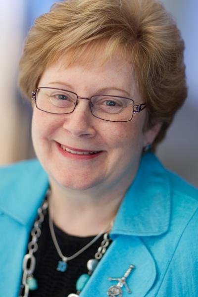 Dr.Shelley Ross